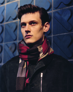 Hermès Fall-Winter 2014. Scarf 100 Perspective cavalière in cashmere and silk