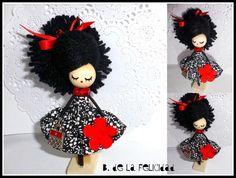 http://es.dawanda.com/product/46278514-Broche-de-muneca-Doll-brooch