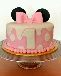 My baby girl birthday cake minnie mouse