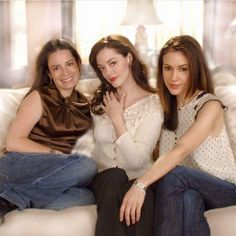 Serie Charmed, Charmed Tv Show, Holly Marie Combs, Rose Mcgowan, Alyssa Milano Charmed, Phoebe And Cole, Phoebe Cates, Charmed Sisters, Shannen Doherty