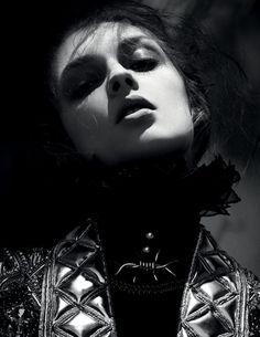 Daga Ziober& Holly Rose Emery - Vogue Russia - The Boleyn Girls