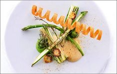 Comme Un Chef, Le Chef, Food Dishes, Asparagus, Food And Drink, Appetizers, Meat, Vegetables, Dresser