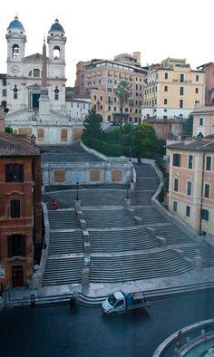 http://breathtakingdestinations.tumblr.com/post/92530948706/spanish-steps-rome-italy-von-phillipc