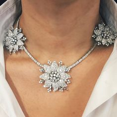 An amazing and rare necklace by Van Cleef & Arpels. All three pendants detach and can be worn as brooches. On view at UFO-Space Los Angeles through April 11. #christies #christiesjewels #necklace #diamond #diamonds #vancleef #vancleefarpels #pendant #brooch #flowers #losangeles #la #jewels #jewelry #stunning #rare