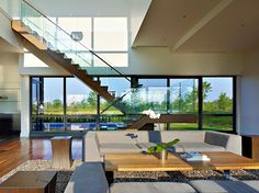 Riverhouse Niagara by Zerafa Studio