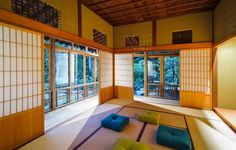 CREATE A ZEN INTERIOR WITH JAPANESE STYLE INFLUENCE