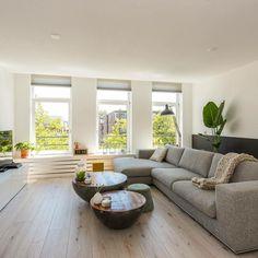 Het mooie huis van m'n zusje @joycedejong155 en haar vriend in Rotterdam staat te koop! Swipe voor meer foto's…