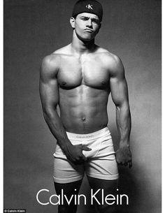 Mark Wahlberg par Herb Ritts dans la campagne Calvin Klein Underwear 1992