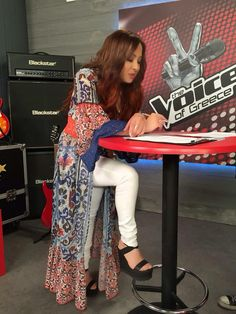 ΜΕΛΙΝΑ ΑΣΛΑΝΙΔΟΥ Melina Aslanidou in Mourtzi shoes #aslanators #thevoicegreece