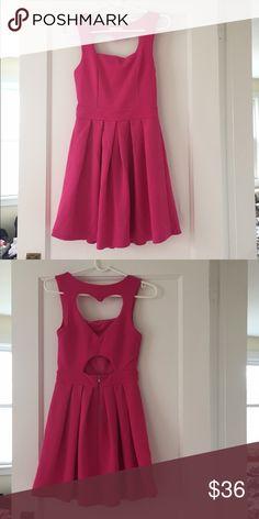 Heart shape peekaboo dress Good condition Dresses Backless