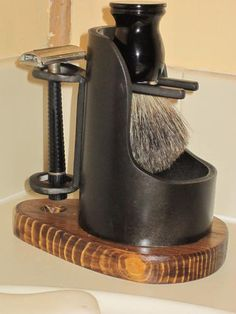 104792d1345984288-improved-shaving-caddy-new-brush-stand-005.jpg (375×500)