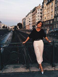 Get this look: http://lb.nu/look/8424461  More looks by Agnija Grigule: http://lb.nu/agnijagrigule  Items in this look:  H&M Shoes, Lindex Black Sweatshirt   #artistic #bohemian #casual
