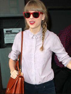 a49a7e57be8fdf Red wayfarers Lunettes De Soleil, Taylor Swift, Célébrités, People, Soldes  Sur Lunettes