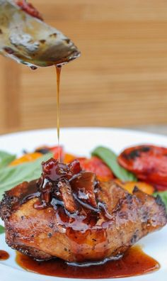 Balsamic Grilled Chicken with Spicy Honey Bacon Glaze | Foodboum