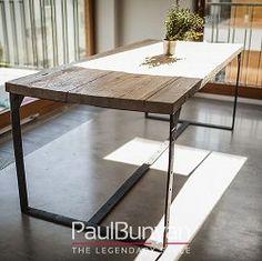 Rozmiar stołu ze starego drewna:160x90 cm (4 osoby); 220x100 cm (6 osób); 280x100 cm (8 osób); 340x100 cm (10 osób); 400x110 cm (12 osób)Wysokość stołu ze starego drewna:72 cm; 74 cm; 76 cm; 78 cmGrubość blatu drewnianego: 5 cmDrewno: oryginalne stare drewno o powierzchni ręcznie rżniętej (zabezpieczone olejowoskiem)Kolor drewna: naturalny; orzech; dąb antyczny; lekko bielone; bielonePodstawa: metalowe płaskowniki koloru czarnego z widocznymi spawami