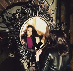 """Lana Parrilla: """"How do I get this mirror in my trailer? #EvilQueenProblems #SetThrowback #OnceUponATime"""""""