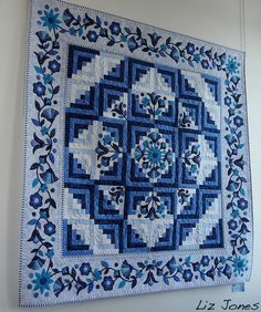 Glory ... what a beautiful log cabin quilt!