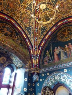 Cardiff Castle by BeefyBrian, via Flickr