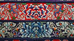 Thai Textile Society -- April - COLLECTOR�S CORNER - Chinese ...