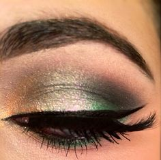 Makeup of the day: Green Eye Look by xoglamrn. Browse our real-girl gallery #TheBeautyBoard on Sephora.com & upload your own look for the chance to be featured here! #Sephora #MOTD