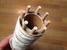 große Strickliesel aus alten Küchenrollen selbst machen.
