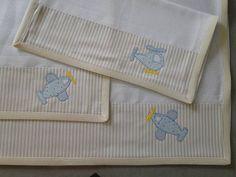 Kit com 3 fraldas, 1 grande 70x70 e duas mini 35x35. 100% algodão, fralda dupla. R$ 52,65