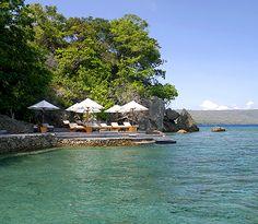 Moyo Island Luxury Resort Photo Album and Hotel Images - Amanwana - picture tour