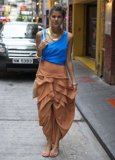 Camel front pleated skirt