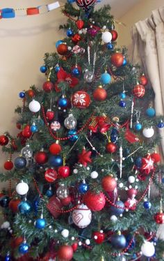 Union jack blue white and red & blue Christmas tree ~ Looks Fab, well done