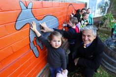 A diverse education: Children learn for life with Endeavour High School's indigenous teacher, Rick O'Brien. Picture: John Veage