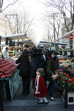 Paris Street Market.  Looks like they're open year round.