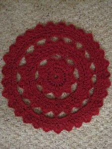 Free Crochet Patter: Large Hipster Doily by Erin at crochetspot