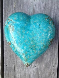 Turquoise is the ultimate anti-negativity stone. It dispels negative energy from your space while creating a stronger bond between your body & your energy field. Deco Turquoise, Shades Of Turquoise, Turquoise Color, Aqua Blue, Shades Of Blue, Turquoise Jewelry, Turquoise Stone, Heart In Nature, Heart Art
