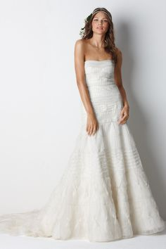 I want to get married again (to the same guy) just to wear this dress!!!!!  watters brides style mackay
