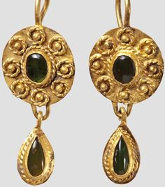 TSOD: Setting decoration Golden Earring pair with inserts, Roman, 1st - 2 Century.