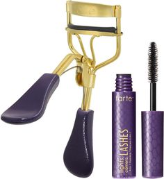 Tarte's Picture Perfect Eyelash Curler + Lights, Camera, Lashes Mascara Mini is the first ergonomically designed curler that is comfortable, easy to use and ensures a painless, pinch-free curl for sky-high lashes! Mascara Best, Best Eyelash Curler, Eyelash Curlers, How To Apply Mascara, Curl Lashes, Curling Eyelashes, Sephora, Natural Looking Curls, Perfect Eyelashes