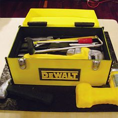 toolbox inspired groom's cake