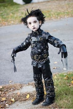 Whenever I have a kid, I will dress him as Edward Scissor Hands for Halloween. No joke. Genius.