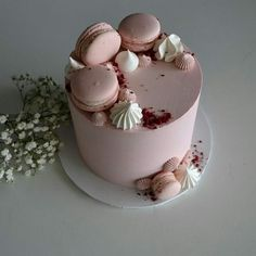 Birthday Cake Decorating, Cake Decorating Tips, Cake Decorating Techniques, 14th Birthday Cakes, Beautiful Birthday Cakes, Elegant Birthday Cakes, Cupcakes, Cupcake Cakes, Chocolate Cake Designs