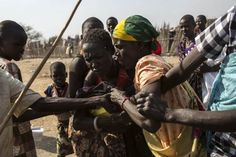 On the Brink of an Abyss: Fabio Bucciarelli in South Sudan - LightBox