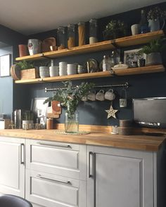 Gray Kitchen Cabinets, Gray is one of the most flexible kitchen cabinet colors because .Gray Kitchen Cabinets, Gray is one of the most flexible kitchen cabinet colors as it comes to a variety of design Home Decor Kitchen, Country Kitchen, Kitchen Furniture, Kitchen Interior, New Kitchen, Kitchen Dining, Kitchen Post, Boho Kitchen, Awesome Kitchen
