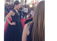 And @LanaParrilla's dress. She looks beautiful!