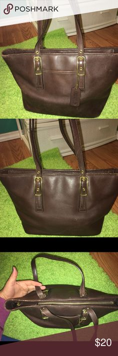 Brown coach tote. Brown coach tote. Measurements are: width is 10 inches, height is 8 1/2 inches, side is 7 inches and handle is 26 inches. It's dirty inside, there is scratching and discoloration. Please see pictures. Price is firm. Coach Bags