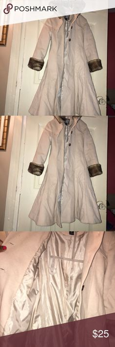 Girls Peacoat Beautiful Cream Colored Beautiful cream colored Girls Pea Coat  it is fully lined it has Faux  fur lining around the hood and In excellent condition size 8 Jackets & Coats Pea Coats