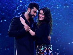 #Postoftheday!! watch your Best #Lyrics of #HalfGirlfriend only at Blog Vertex #SongLovers #Song #Bollywood #Sharddha #Arjun #Mumbai #Music #englishsong #feeltheemotion Shraddha Kapoor Arjun Kapoor