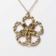 Tigerstars l $5.99 Delicate Hammered Filigree Floral Pendant  Chain Necklace