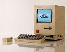 1 lego macintosh one Chris McVeigh Etonnante Replique du Macintosh 1 en LEGO par Chris McVeigh (images)