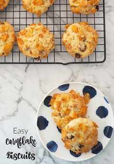 This classic Cornflake Biscuit recipe is easy to make and can also be made using a Thermomix too. It makes 24 good sized biscuits, the perfect lunchbox snack! Lunch Box Recipes, Breakfast Recipes, Snack Recipes, Cooking Recipes, Yummy Recipes, Recipies, Biscuit Cookies, Biscuit Recipe, Yummy Cookies