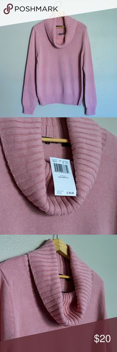 """NWT *Jeanne Pierre Mauve Mist Cowl Neck Sweater -L New with tags - Jeanne Pierre Mauve Mist Cowl Neck Sweater Size Large Chest = 38"""" Shoulder = 16.5"""" Length = 24"""" Sleeves = 25.75"""" If you have any questions at all, please be sure to let me know! :) Jeanne Pierre Sweaters Cowl & Turtlenecks"""