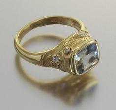 Audrius Krulis ring Jewelry Box, Jewelry Rings, Jewlery, Emerald Diamond, Diamond Rings, Ancient Jewelry, Rocks And Minerals, Byzantine, Rings
